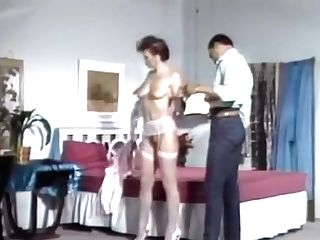 Retro Orgasm On The Pulsating Dick